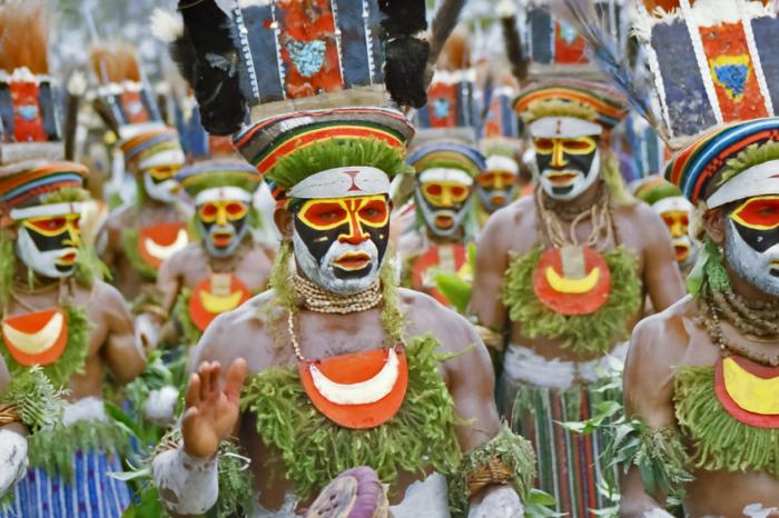 8 Days Enchanting New Guinea Tour